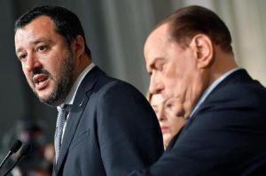 Dopo sentenza Raggi polemiche contro giornalisti. Berlusconi, 'c'è aria di illibertà'