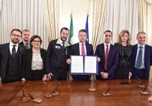 Firmato a Caserta il Protocollo d'Intesa sui rifiuti