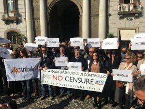 Flash mob dei giornalisti dopo dichiarazioni M5S