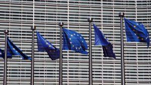 Presentata lettera a Bruxelles. Austria e Olanda chiedono procedura