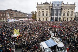 Lega, manifestazione Sì Tav a Torino