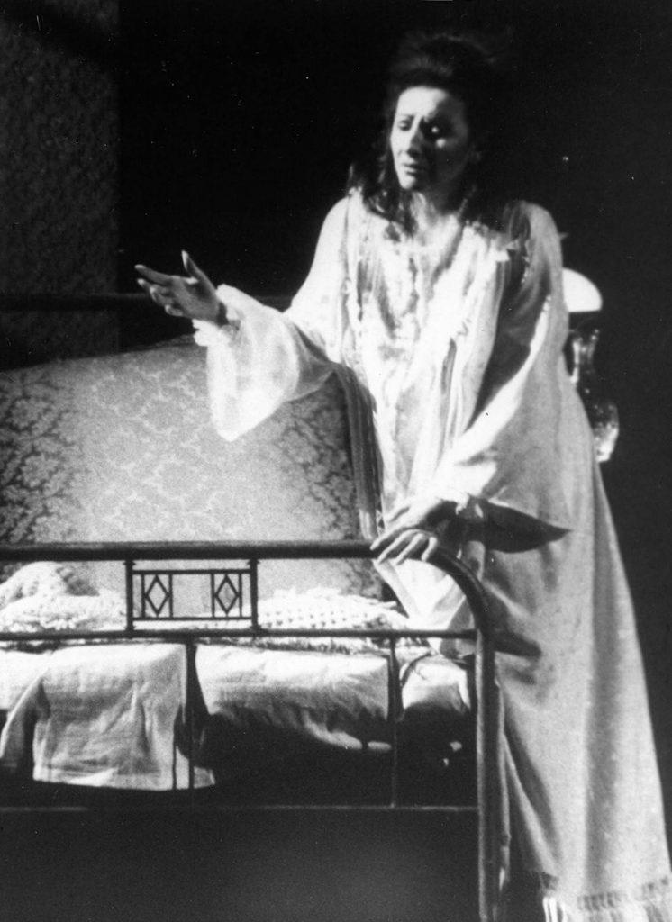 """Lucia Aliberti in """"La Traviata"""" di G.Verdi alla Deutsche Oper di Berlino"""