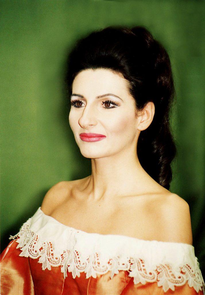 """Lucia Aliberti in """"Lucia di Lammermoor"""" alla Deutsche Oper di Berlino"""